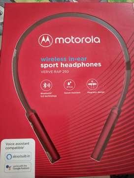 Motorola wireless in -ear sport headphones