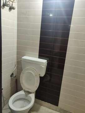 150 sqr yd 3bhk big room upper 1st floor car parking independent sepa