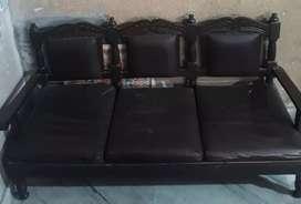 ਪੀੜ੍ਹਾ Sofa For Sale