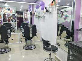 Beautician Training for Ladies @ 15000 only