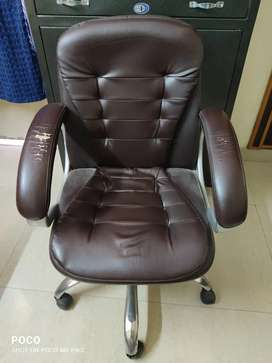 Rotating office chair for sale
