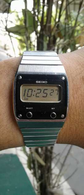 Jam tangan digital SEIKO seri f231 -500a rare