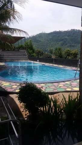 Villa Kamaran Kolam Renang di Batu Malang