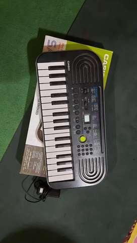 Fixed Price. Casio Piano. Next to new condition.