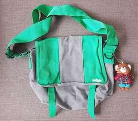 Tas SMIGGLE original tas anak slempang
