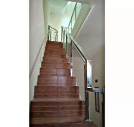 Railing tangga kaca dan balkon stainless #1582