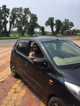 Tax upto 2024 i10 magna black color want to sell urgent