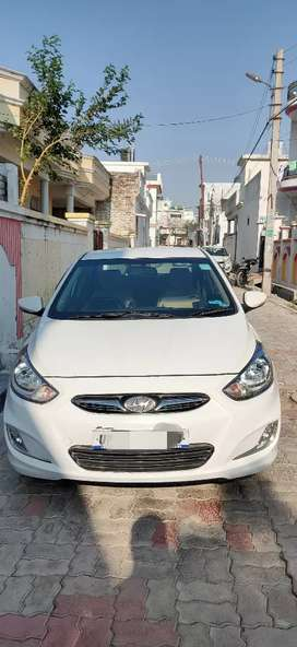 VERNA WITH EXCELLENT CONDITION