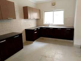 240 SQYD PORTION FOR RENT IN GULSHAN E IQBAL BLOCK 2