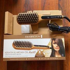 Remington Keratin & Argan Oil Straightening Brush CB7400AU / Catokan