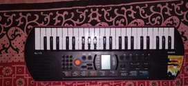Casio SA-78 keyboard ( piano )