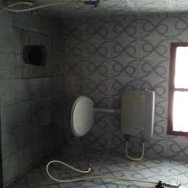 Side portion available for rent at Medavakkam near ST.Joseph school.