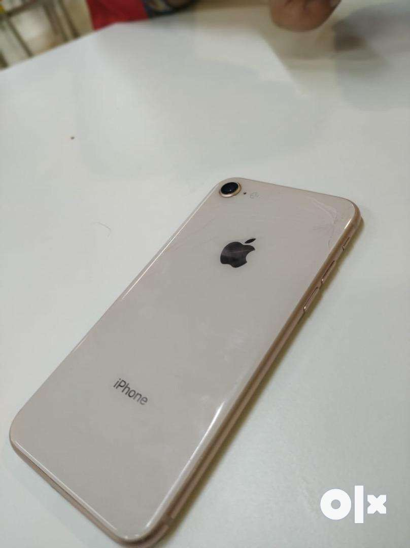 Iphone 8 64GB with original bill,charger and headphones 0