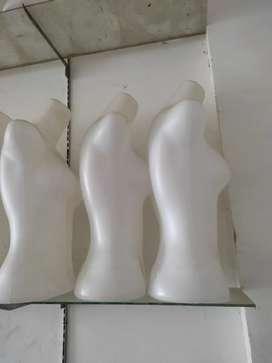 Patung badan cewek