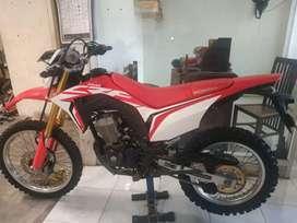 Bali dharma motor jual Honda CRF tahun 2018