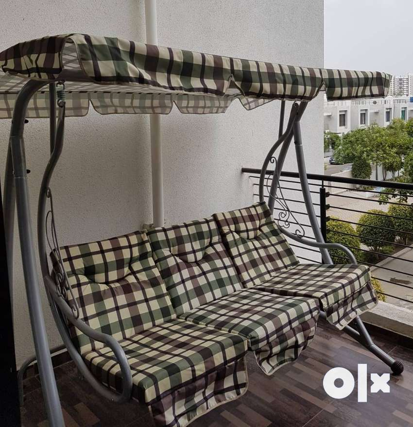 3-seater Outdoor Swing (Market Price 24000) 0