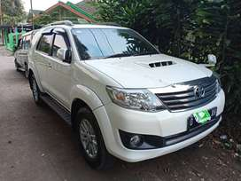 Toyota Fortuner VNT Turbo Type G 2014