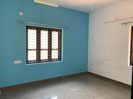 indipendent house 50000 advance/9000rent 3bedroom house/lease