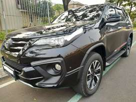Toyota Fortuner VRZ TRD AT hitam 2018