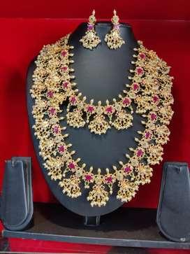 Unused jewellery first hand
