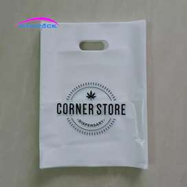 Apni shop ka shopping bag print kryen