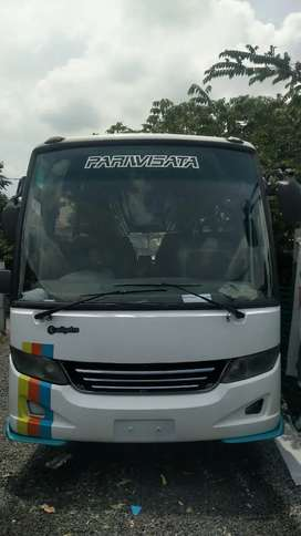 Bus medium adiputro