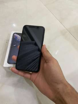 Iphone Xr 128gb black all working with bil box chager cover