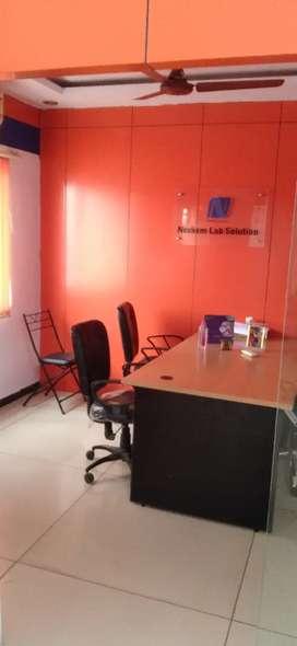 Prime location fully furnished office 600 ft for sale at manjalpur
