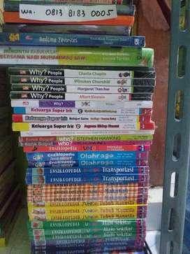 Novel  komik dan buku buku motifasi DLL