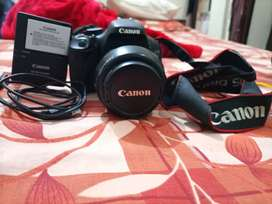 Original Canon DSLR EOS 600D in excellent condition from Australia