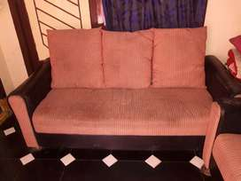 2+3 sofa set very low cost 6700/-