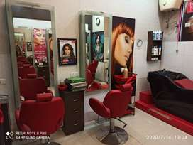 Beauty Salon and clinic for sale in Gurgaon Sec 14
