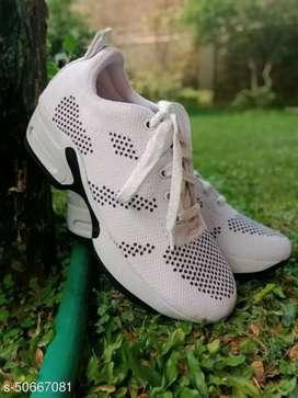 Sepatu sport - white
