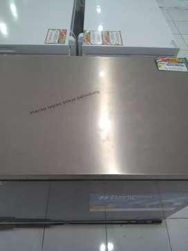 Freezerbox modena bisa kredit tanpa jaminan