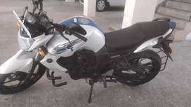 Yamaha fz in very good condition new tyres, battery and haryana regis.