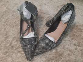Sparkling beaded night party foot wear