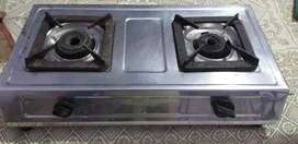 Gas stove looks like new