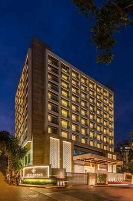 FIVE STAR HOTEL FOR SALE AT DELHI/NCR