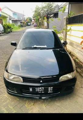 BU: Mitsubishi Lancer evo4 hitam