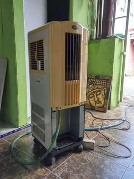 Dijual AC portable. Harga 1,7 jt nego. 700 watt, 1 pk, merk Toyotomi