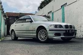 BMW E46 325I SILVER , SPECIAL CONDITION , FULL ORIGINAL PARTS , LOW KM