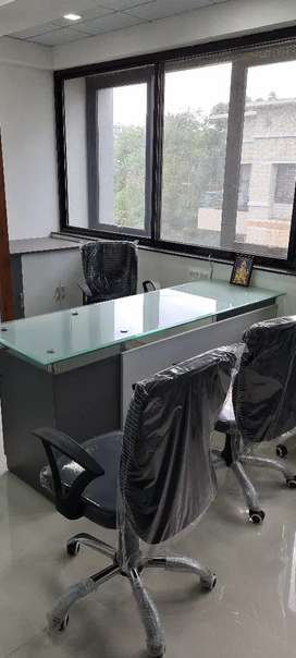 1200 sq fr lavish office Mumbai Naka