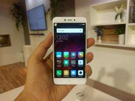 Redmi 4 4gb ram 64 gb rom with Bill and charger