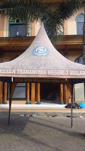 Tenda kerucut Malang