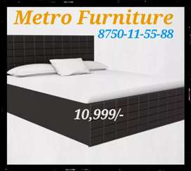 Brand new king size bed with heavy storage boxes