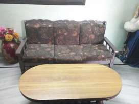 5 seater sofa with wooden table