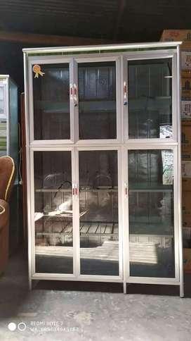 Rak piring kaca 3 pintu riben batang besar