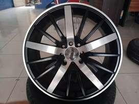 velg bekas GT Racing R17x7 h8x100-114,3 et40 black polish