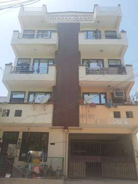 East facing flat, situated on 30 ft road. Flat is on first floor.