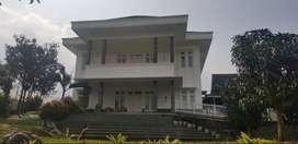 Disewakan/Dijual Vila Puncak Resort View Gunung LT.2300 m